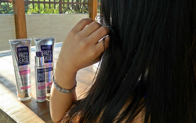 FRIZZ EASE BEYOND SMOOTH IMMUNITTY